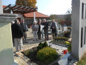 Na grobu Danijela Halasa.